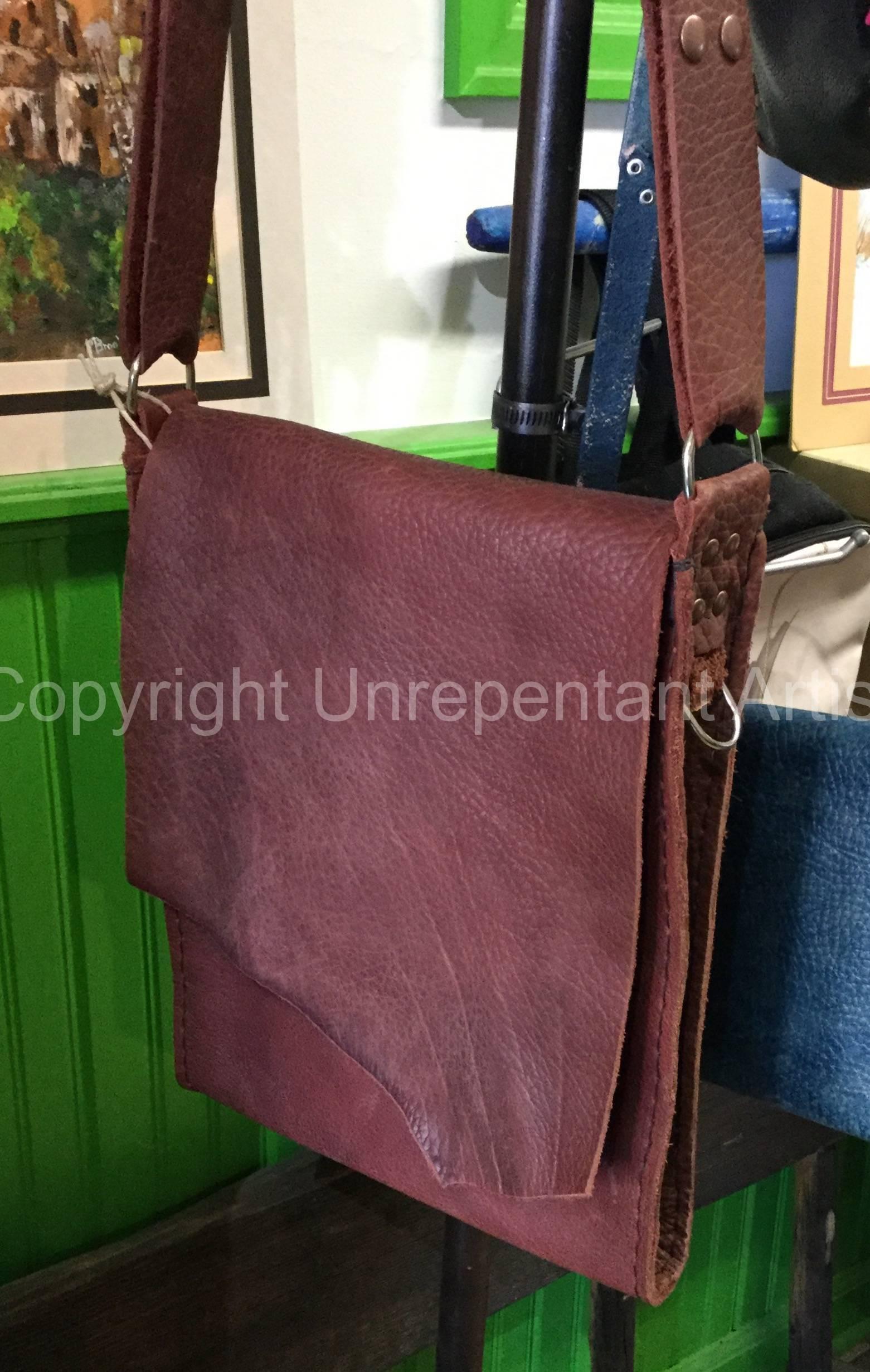 Cross shoulder Bison bag